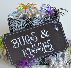 Bugs and Kisses Halloween Printable by U Create
