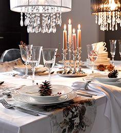 Gaumen- und Augenschmaus für Ihre Lieben: Wie Sie Ihren Tisch festlich decken, erfahren Sie bei KLiNGEL. #Weihnachten #Deko