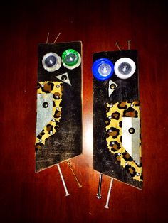 Crafty owls. Black. Pallet wood, coke bottle caps and tin. Craft.