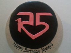 R5 Birthday cake