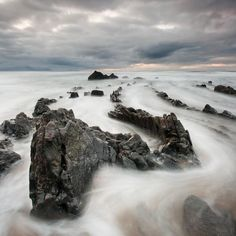 Long exposure photography is one of the another popular photo technique. This post will present Long Exposure Photography by Iñaki Bolumburu, photographer based in Spain. Stunning Photography, Photography Ideas, Poses, Long Exposure, Stone Art, Natural Wonders, Beautiful World, Scenery, Awesome