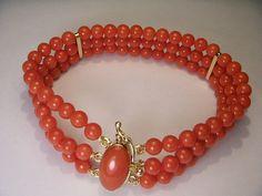 Fabuleux domaine 18K jaune or rouge Designer incolores corail Bracelet trois brins - 1216€