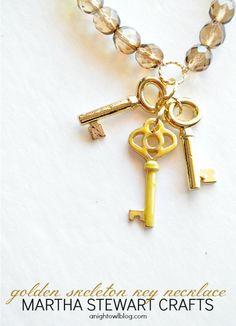 DIY Golden Skeleton Key Necklace with Martha Stewart Crafts® Jewelry Key Jewelry, Beaded Jewelry, Jewelery, Jewelry Making, Diy Jewelry Projects, Jewelry Crafts, Diy Projects, Ideas Joyería, Craft Ideas