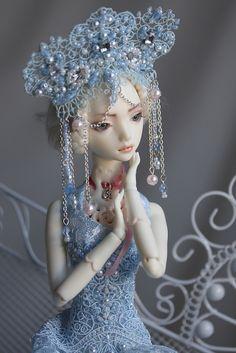 Marmite Sue Angel Egg doll -resin version