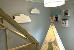 DIY Molnhylla (cloud shelf) ☁ Bergq.se Shelf, Clouds, Baby, Shelving, Shelving Units, Baby Humor, Infant, Shelves, Babies