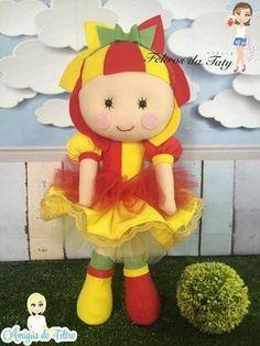 Boneca Emília com molde