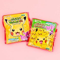 😍 These Pikachu-shaped gummies are made with real grape juice! 🍇 Do you have the heart to eat these cuties? Japanese Snacks, Japanese Candy, Pokemon Snacks, Soft Candy, Cute Squirrel, Kawaii Stationery, Kawaii Shop, Sanrio Characters, Candy Store