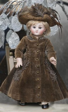 """10"""" (25 cm.) Rare Antique Tiny Earliest Period French Bisque Bebe by Jules Steiner with Closed Mouth, model Sie C 3/0"""