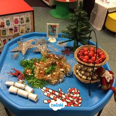 EYFS Christmas Decoration Sort Finger Gym Activity Plan and Prompt Card Pack Tuff Tray Ideas Toddlers, Christmas Activities For Toddlers, Preschool Christmas, Childrens Christmas, Toddler Christmas, Winter Christmas, Xmas, Christmas Planning, Christmas Themes