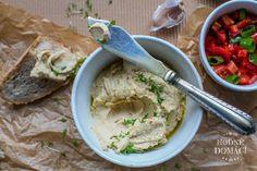 Cizrnová pomazánka s řeřichou | Hodně domácí Hummus, Ethnic Recipes, Food, Essen, Meals, Yemek, Eten