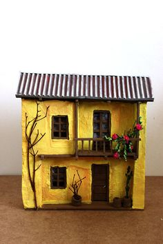 1000 images about retablos lu avellana on pinterest Casa amarilla santiago