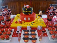 Torta y Cup cake Mickey