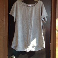 Grey t shirt Great work out shirt Danskin Tops Tees - Short Sleeve