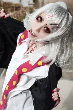 Juzo Suzuya. Toukyou Kushu. I wonder how the cosplayer did the stitch body art!