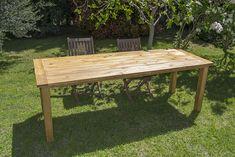 Oro y Menta: Como hacer una mesa de comedor de exterior DIY Picnic Table, Outdoor Furniture, Outdoor Decor, Dining Table, Rustic, Home Decor, Ideas, Garden, Large Homes