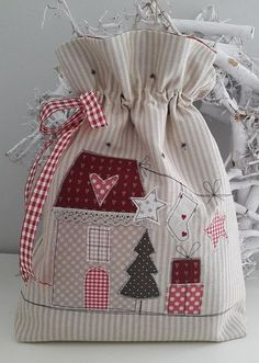 Bag & Pouch - RESERVED / utensil / bag for filling .- Bag & Pouch – RESERVED / utensil / bag for filling – a unique product by Feinerlei on DaWanda - Christmas Sewing, Christmas Bags, Christmas Projects, Christmas Stockings, Christmas Patchwork, Patchwork Bags, Quilted Bag, Fabric Gift Bags, Christmas Crafts