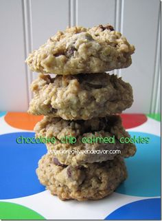 Every Creative Endeavor: Yummy Chocolate Chip Oatmeal Cookies.    Trying these tonight!  Off to get my glass of milk ready for when they come outta the oven!