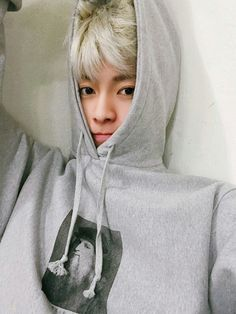 ulzzang boy blonde