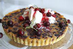 Čerešňová sezóna začala. Nechajte sa prekvapiť chuťou francúzskeho čerešňového koláča   Záhrada.sk Cheesecake, Pie, Desserts, Food, Tarts, Torte, Cake, Meal, Cheesecakes
