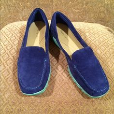 Comfy Blue Loafer 💙 Royal Blue/Aqua colored bottoms. Suede like material..very comfortable loafer, almost like a sneaker. Worn one time. Great condition!!! Easy Spirit Shoes Flats & Loafers