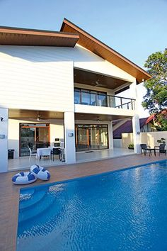 Manny Pacquiao 39 S Modern Contemporary House In General Santos The Old Home And The O 39 Jays