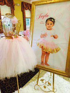 Gold and pink princess celebration  | CatchMyParty.com