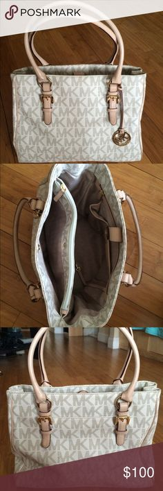 Michael Kors Handbag Michael Kors Handbag in Vanilla Logo/Beige. Very good condition. Michael Kors Bags Totes