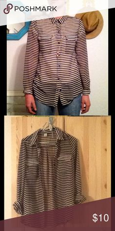 BOGO🍒Semi-sheer stripe shirt 🍒all items $10 or less are BOGO FREE🍒Great for layering, with that boyfriend-but-still-feminine fit you've been searching for.  Wear it with straight jeans and oxfords for an easy minimalist outfit and add a few long necklaces to keep it sweet. Old Navy Tops Button Down Shirts