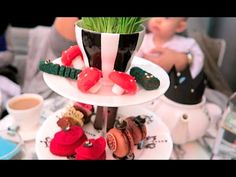 London, Friends and the Mad Hatter's Tea Party | Ruth Crilly Vlogs