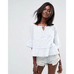 e80960560293d Abercrombie  amp  Fitch Off The Shoulder Peasant Top With Cuff Detail (105  PEN)