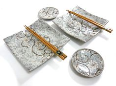"""These dishes are too pretty. """"Chitose Japanese Tableware Set"""" Asian plates"""