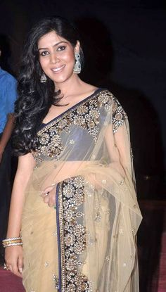 Sakshi Tanwar Height Weight Age Affairs Bra Size and Much More! Top Celebrities, Indian Celebrities, Bollywood Celebrities, Bollywood Fashion, Indian Natural Beauty, Indian Beauty Saree, Indian Sarees, Beautiful Bollywood Actress, Most Beautiful Indian Actress