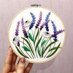 Embroidery Designs Ideas Lavender and White Daisy Hand Embroidery Pattern DIY Embroidery PDF Pattern Stitching Pattern Embroi - Hand Embroidery Stitches, Learn Embroidery, Embroidery For Beginners, Embroidery Hoop Art, Crewel Embroidery, Hand Embroidery Designs, Vintage Embroidery, Embroidery Techniques, Ribbon Embroidery