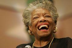 #MayaAngelou: poeta estadounidense, gran figura de la cultura afroamericana y defensora de los derechos civiles.