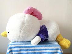 "Daisy duck ขนาด ประมาณ 25"" (รวมขา) ราคา 850 รวมสงเลยจาาาา ราคาตอรองไดจยา นารกนมนมมากๆ #duffy #buildabear #buildabearthailand #sanrio #TYbear #elmo #totoro #kumamon #mamegoma #disney #stitch #carebear #rilakkuma #Poteusaloppy #cinnamoroll #pompompurin #gloomybears #Toystory #carebears #sanx #dollsthailand #gloomybear #gloomybearthailand #spongebob #ted #teddyhouse #doraemon #ตามหา #ตกตา by ovall_shop"