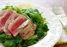 Grilled Tuna over Arugula with Lemon Vinaigrette-I love my tuna~
