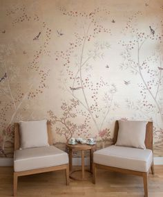 CLOTH & KIND // Inspired: Fromenta's Printed Wallpapers Source by amiedcorley clothes Chinoiserie Wallpaper, Wallpaper Decor, Painting Wallpaper, Print Wallpaper, Home Wallpaper, Hand Painted Wallpaper, Hand Painted Walls, Normal Wallpaper, Interior Decorating