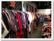 So many styles of kimonos to choose from!