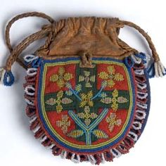 Pearl embroidered pouch from Meråker, Nord-Trøndelag, Norway