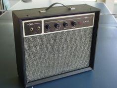 Vintage Sears Guitar Amplifier - (this was a nice one, but had some cosmetic issues)