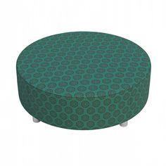 Puff Dalia Mandala: http://www.puffsdealessa.com.br/produto/puff-dalia-mandala-compose-i-190 Tecidos exclusivos vestem este modelo que funciona também como mesa de centro para sala. C x A x L (cm): 80 X 80 X 30.