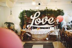 Вывеска на свадьбу.Love.❤️ Буквы с лампочками. 💡 instagram:craft_and_lamp