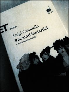 Ogni romanzo ha i suoi padri. Ecco, I Racconti Fantastici di Pirandello, appena arrivato sulla mia scrivania berlinese, è uno dei padri di #...