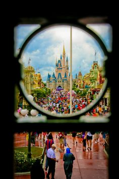 Cinderella Castle <3    I would love to do a Disney Love picture where you take different objects that look like letters to spell out Disney Love. This would be the O!
