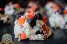 Best Halloween Cookies Ever - if I can find the chocolate chips...