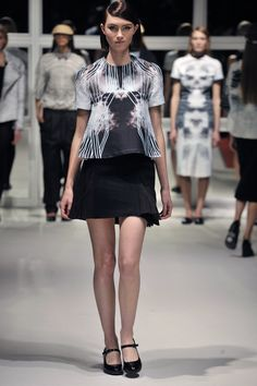 Look Flared Blouse with Airplane Skirt London College Of Fashion, Fall Winter, Autumn, Airplane, Ready To Wear, Blouse, Skirts, How To Wear, Design