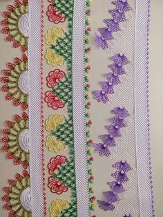 This Pin was discovered by HUZ Ribbon Embroidery, Embroidery Stitches, Embroidery Designs, Seed Bead Tutorials, Beading Tutorials, Bead Sewing, Quilt Border, Linen Towels, Needle Lace