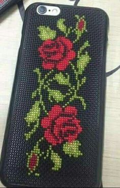 1 million+ Stunning Free Images to Use Anywhere Cross Stitch Rose, Cross Stitch Borders, Cross Stitch Flowers, Cross Stitch Designs, Cross Stitch Patterns, Learn Embroidery, Embroidery Fabric, Cross Stitch Embroidery, Embroidery Patterns