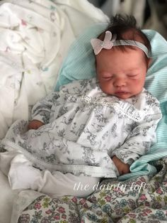 2018 Full Body Marshmallow Silicone Natalie, REBORN ~ painted by The Dainty Loft . A baby by KrisC Reborn Baby Dolls Twins, Reborn Babies For Sale, Bb Reborn, Baby Dolls For Sale, Life Like Baby Dolls, Real Baby Dolls, Realistic Baby Dolls, Cute Baby Dolls, Newborn Baby Dolls