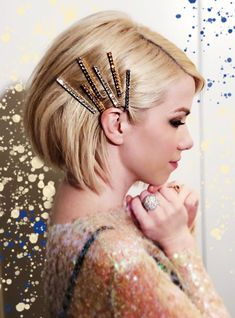 """JENNIFER BEHR - """"Proof that short hair can pull off hair jewels too 👊 in the Gwen Bobby Pins by  Bobby Pin Hairstyles, Headband Hairstyles, Straight Hairstyles, Cool Hairstyles, Romantic Hairstyles, Fashion Hairstyles, Party Hairstyles, Short Haircuts, Hairstyles Haircuts"""